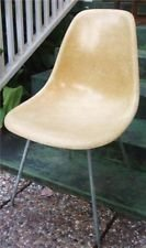Wanted to buy- fiberglass chairs in Alamogordo, New Mexico